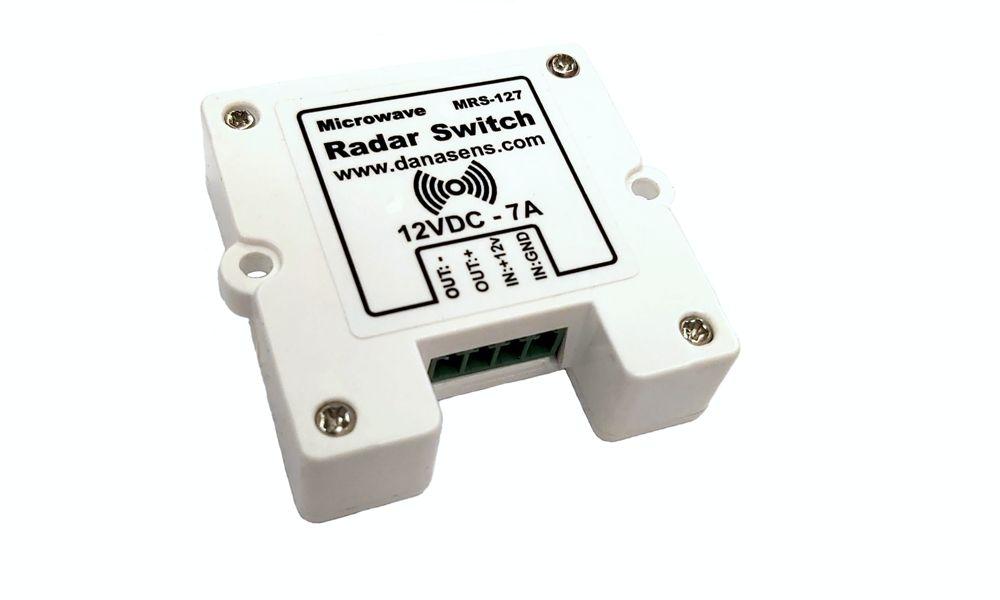 سنسور رادار پشت سطحی 12 ولت- سنسور حرکتی. با ابعاد 49 میلی متر در 49 میلی متر و ضخامت 15 میلی متر